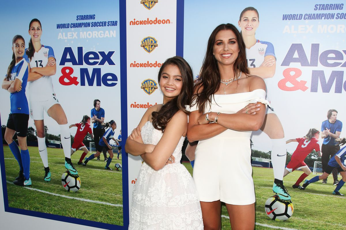 Premiere Of Warner Bros. Home Entertainment's 'Alex & Me' - Arrivals