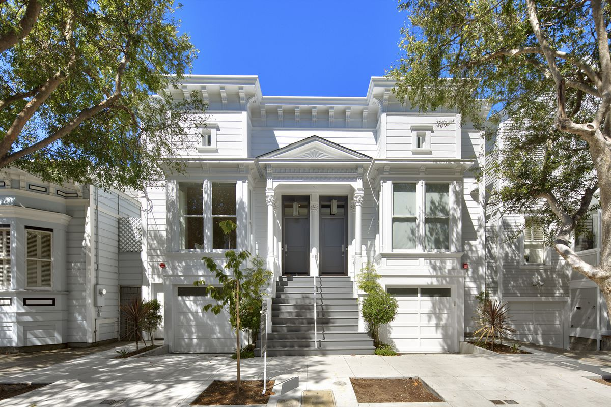 White exterior of Victorian in Pacific Heights.