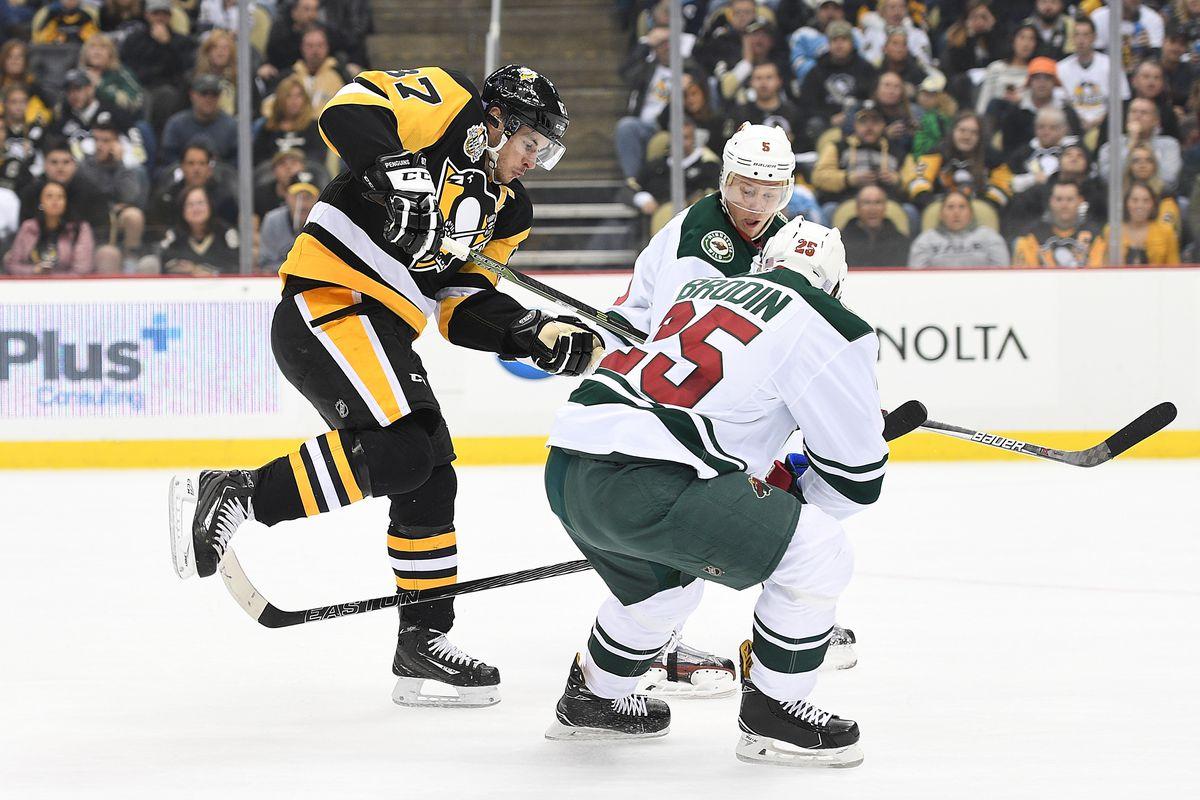 NHL: NOV 10 Wild at Penguins