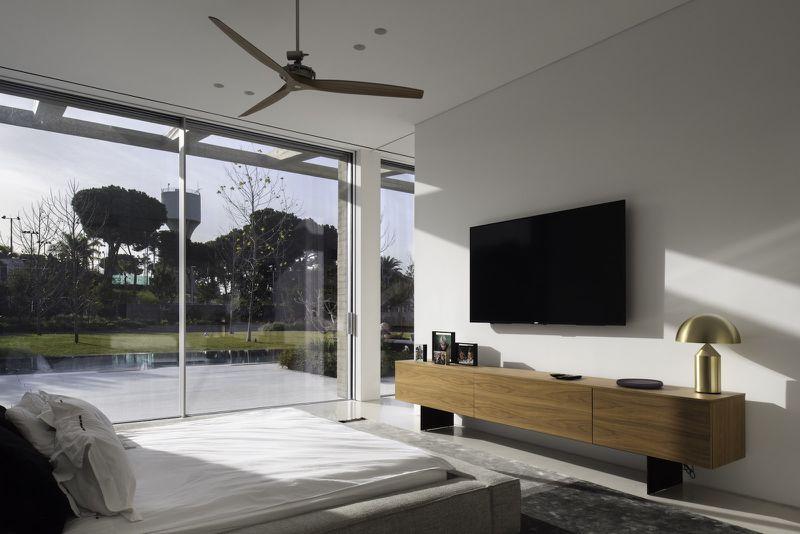 Bedroom that overlooks pool
