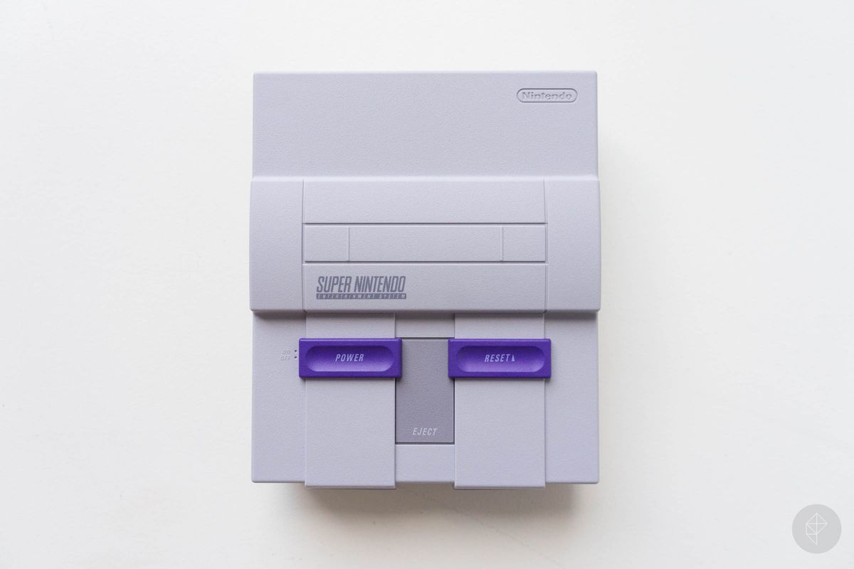 SNES Classic Edition - top view (horizontal)
