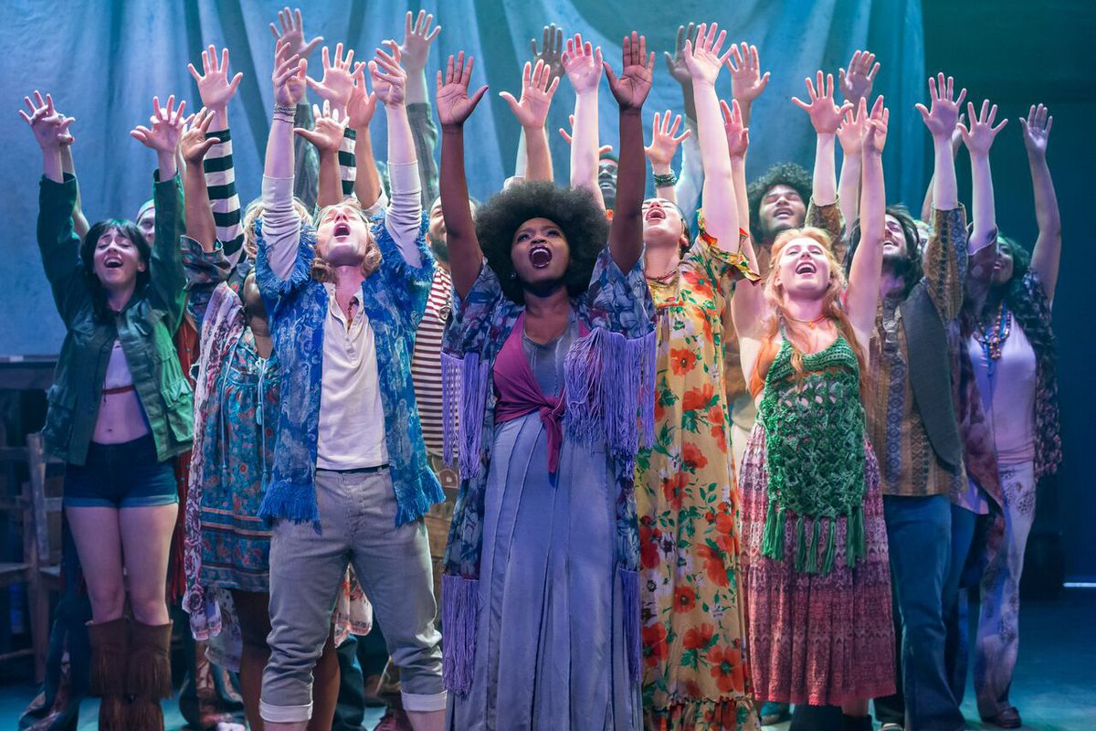 """The cast of """"Hair,"""" the 1960s era musical now in a revival at Mercury Theater Chicago. (Photo: Brett A. Beiner)"""