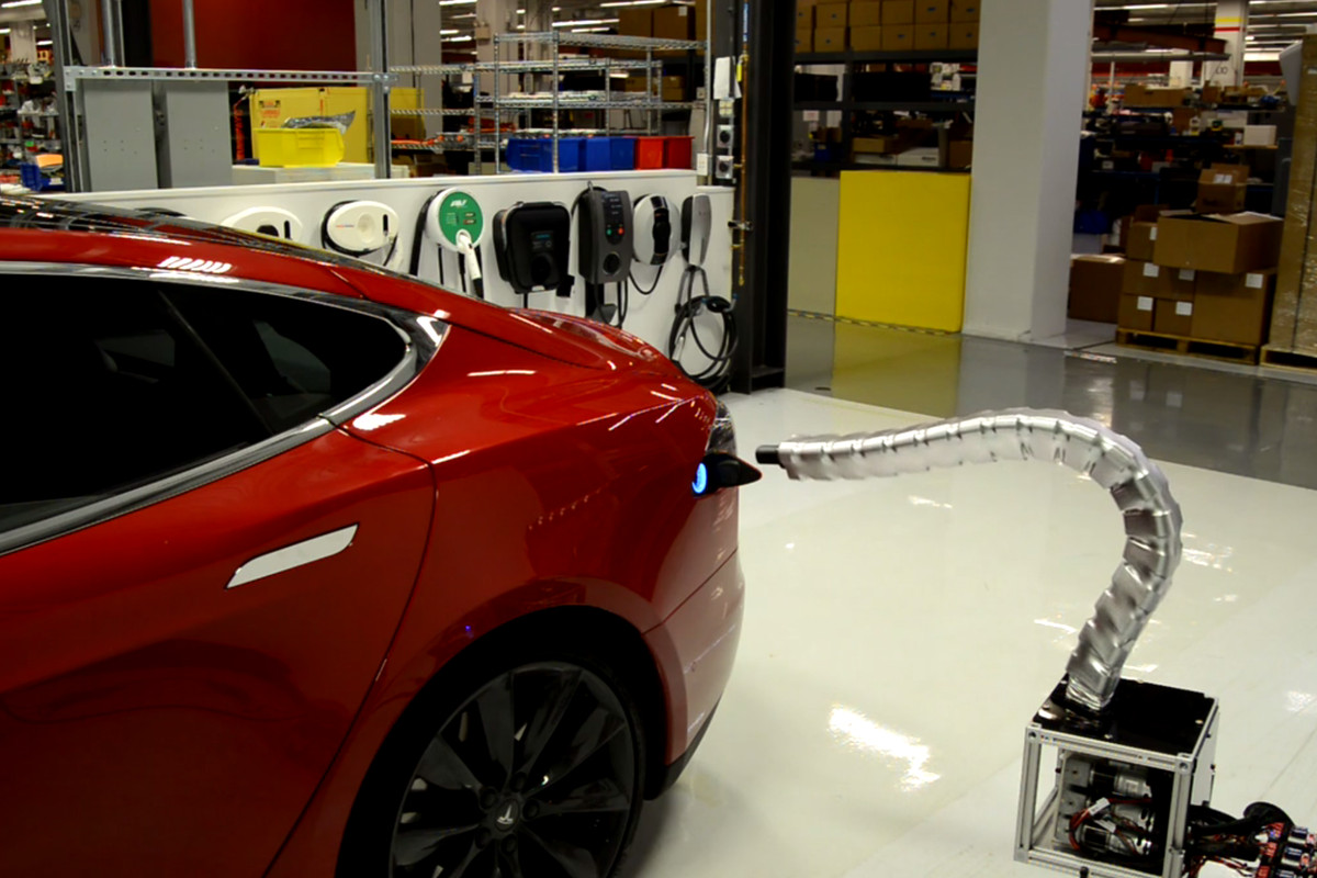 Remember When Elon Musk Said Tesla Was Working On A Car Charger That Automatically Moves Out From The Wall And Connects Like Solid Metal Snake