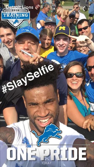 slay selfie