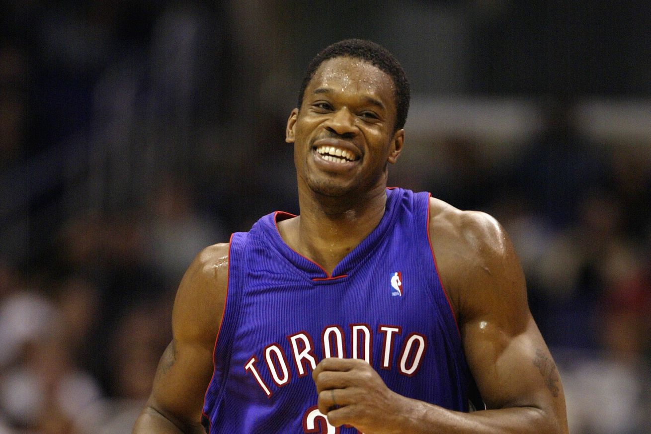 f2ff26747e6 Forgotten Raptors Playoffs: Antonio Davis dominates the Knicks in 2001