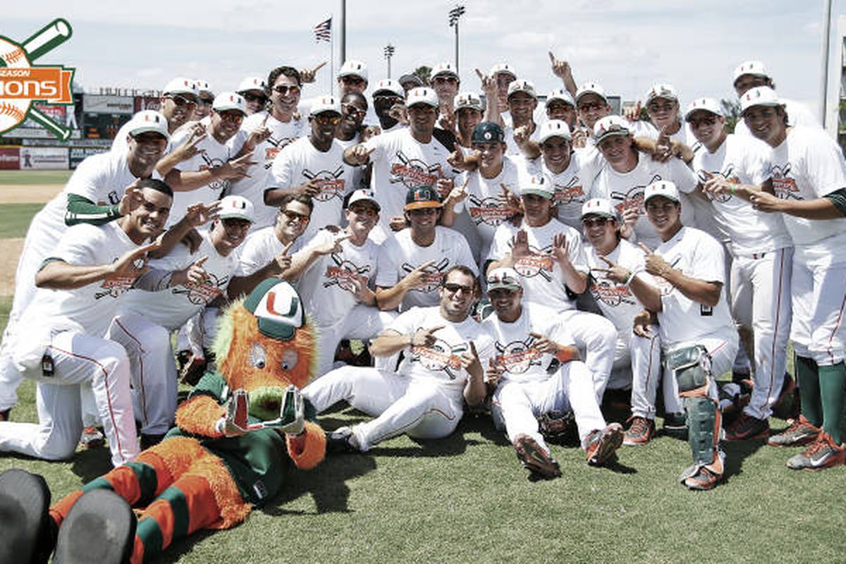 The Canes celebrate their 2014 ACC Regular Season Championship after 2-0 win over UNC