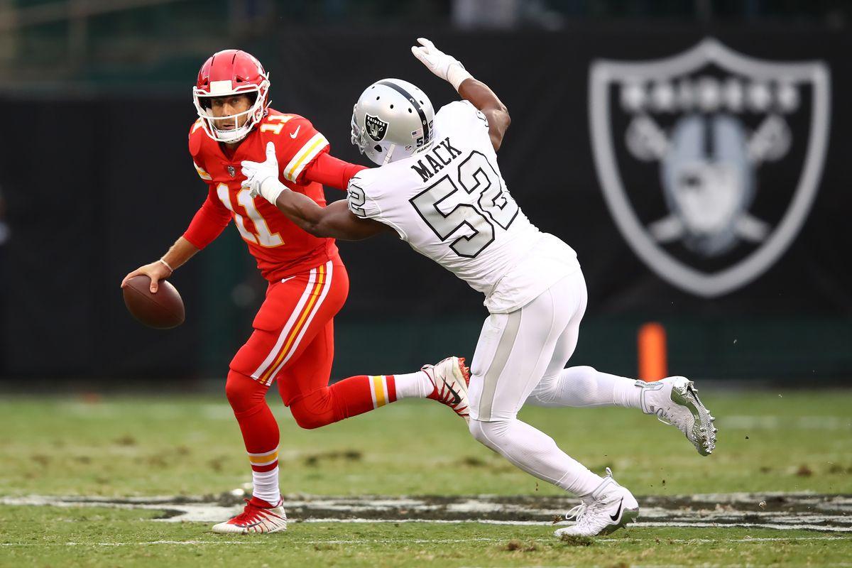 Oakland Raiders EDGE Khalil Mack chases Kansas City Chiefs QB Alex Smith in Week 7 of the 2017 season