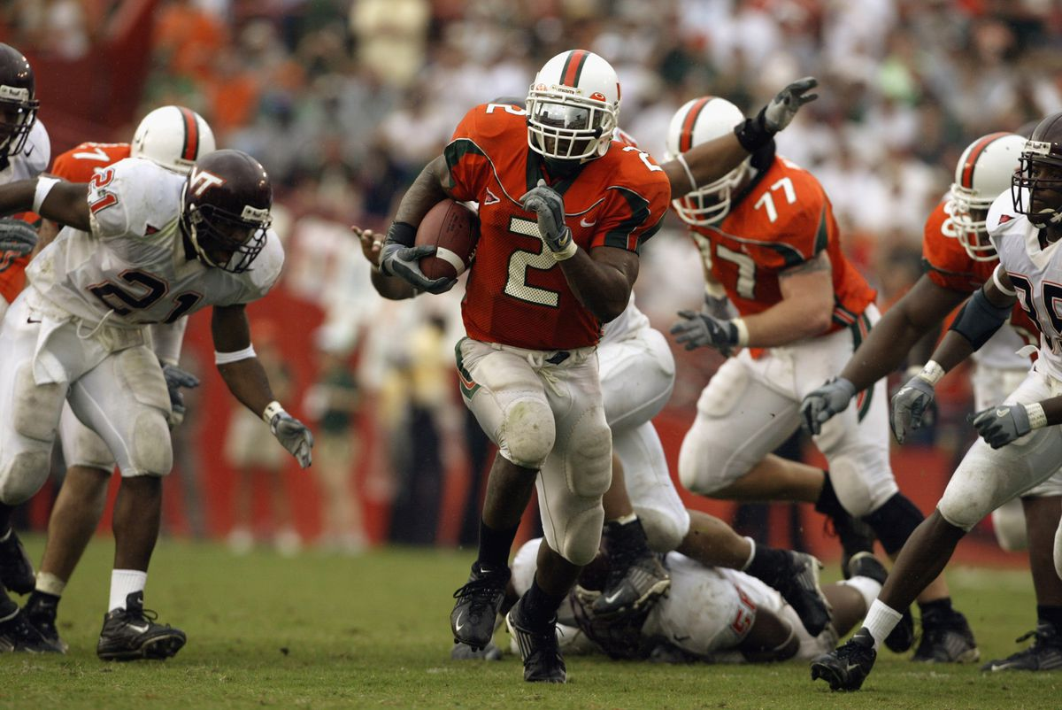 Willis McGahee carries the ball
