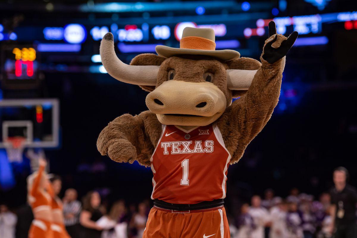 NCAA BASKETBALL: APR 02 NIT Semifinal - TCU v Texas