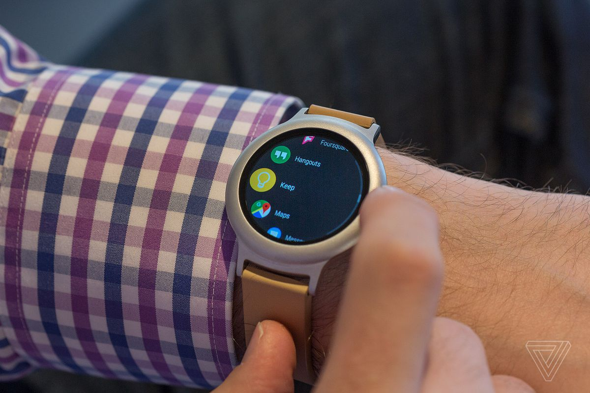Android Wear 2 0 review: Google's second swing at