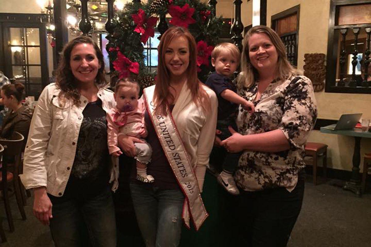 Mrs. Texas at El Patio Feed In Breastfeeding Event