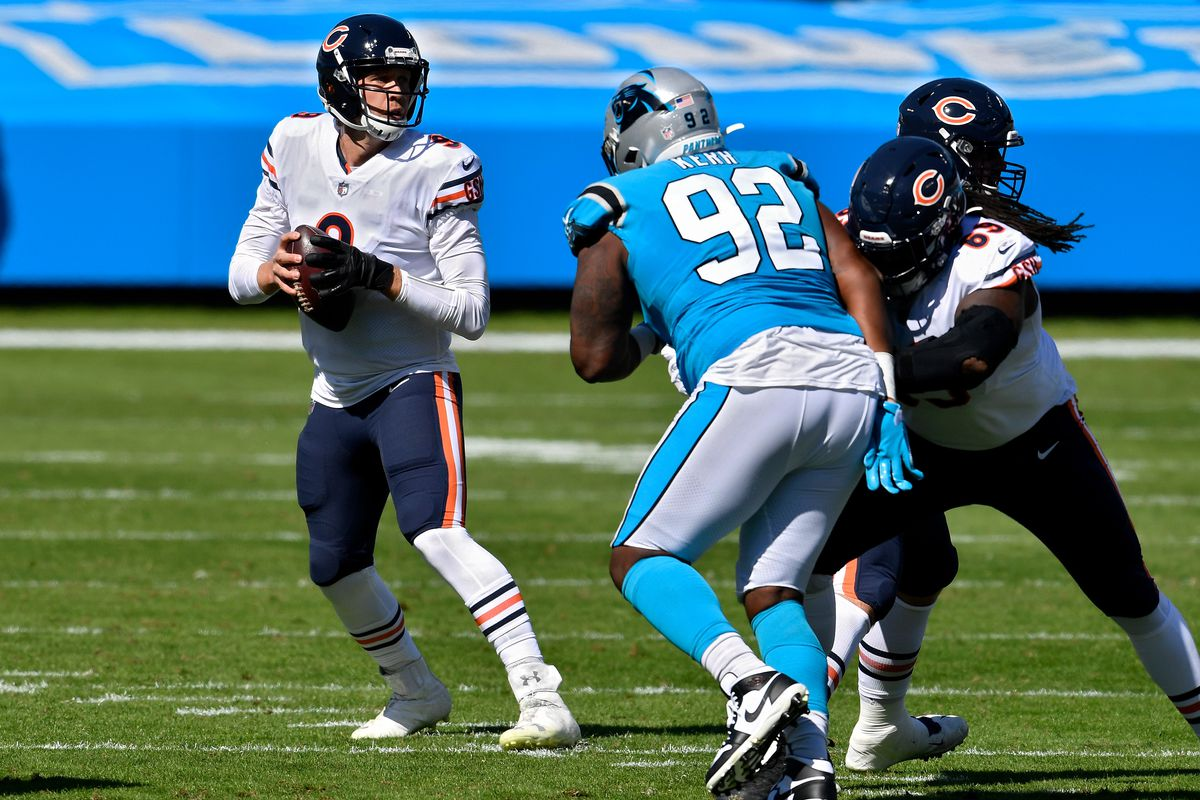 Bears quarterback Nick Foles drops back Sunday against the Panthers.