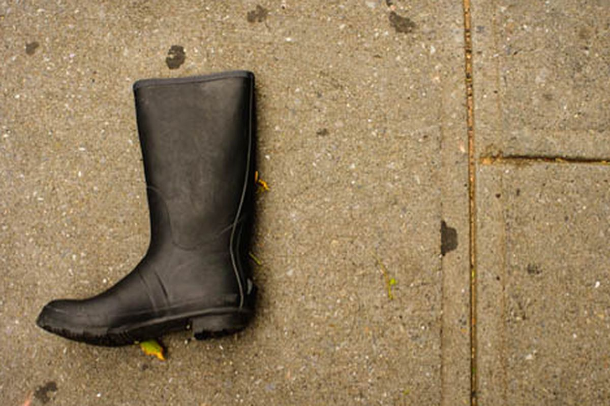"""Lost rain boot in Greenpoint via <a href=""""http://www.flickr.com/photos/ginaherold/6090793731/in/pool-312691@N20/"""">Gina Herold</a>/Racked Flickr Pool"""