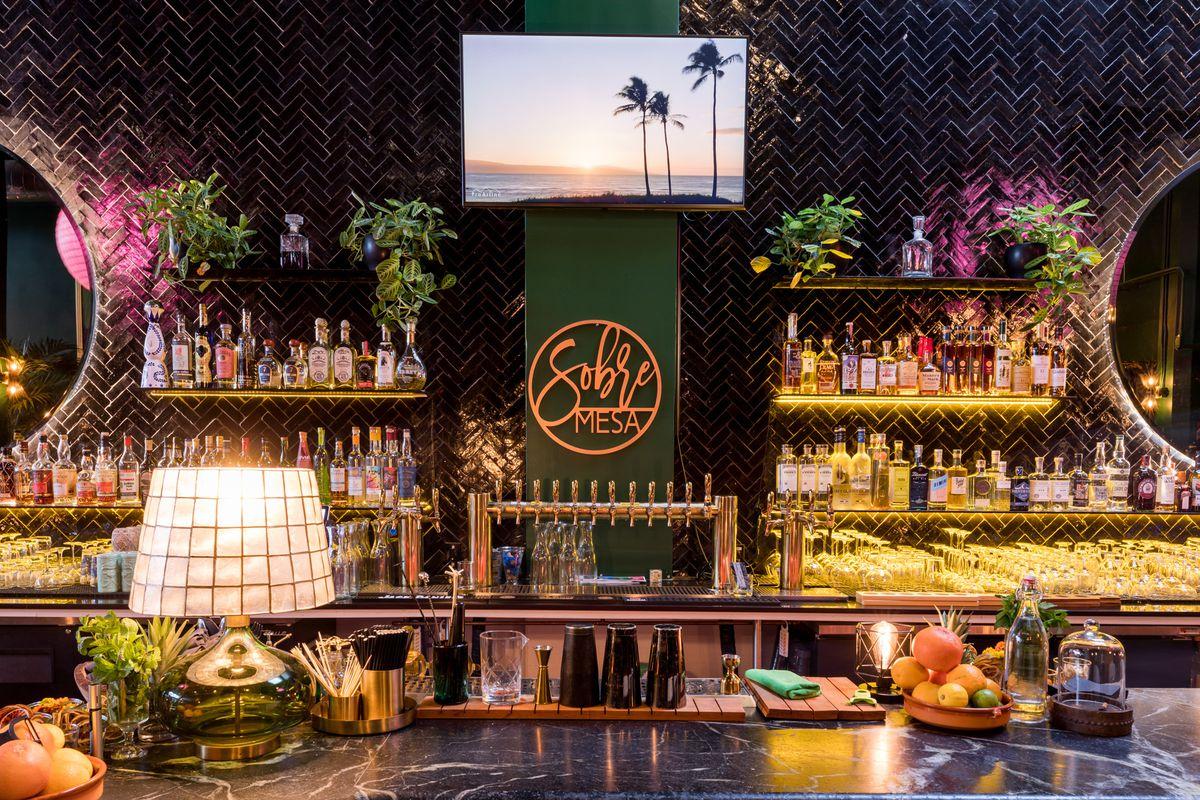 The bar at Sobre Mesa