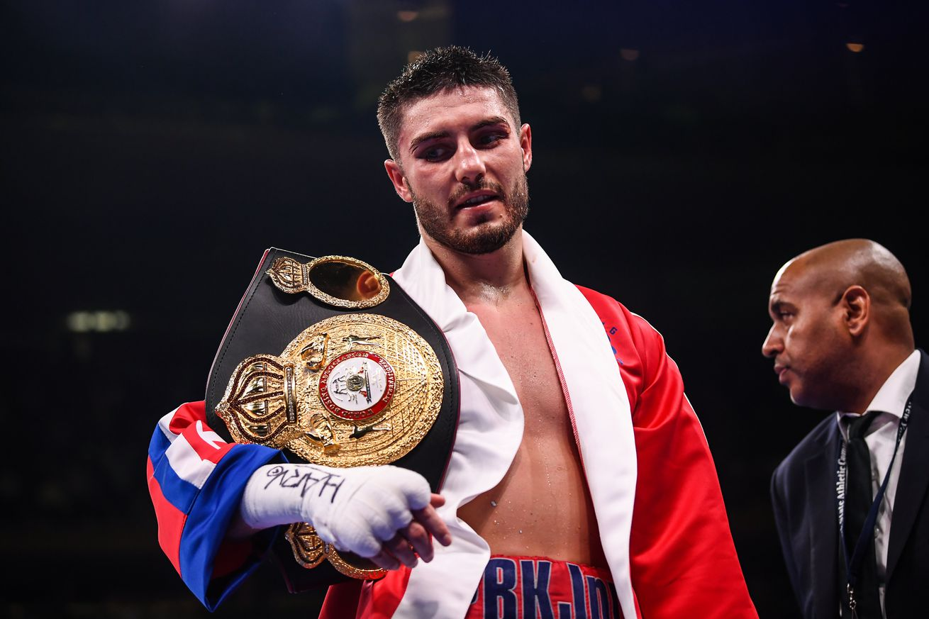 1147415139.jpg.0 - Kelly says he'll be fighting Avanesyan next
