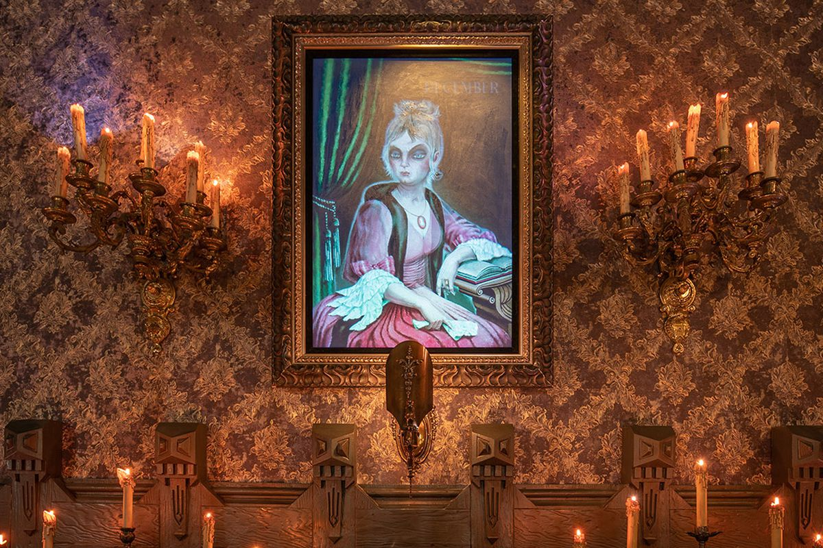 An image from Haunted Mansion at Disneyland Park in California.
