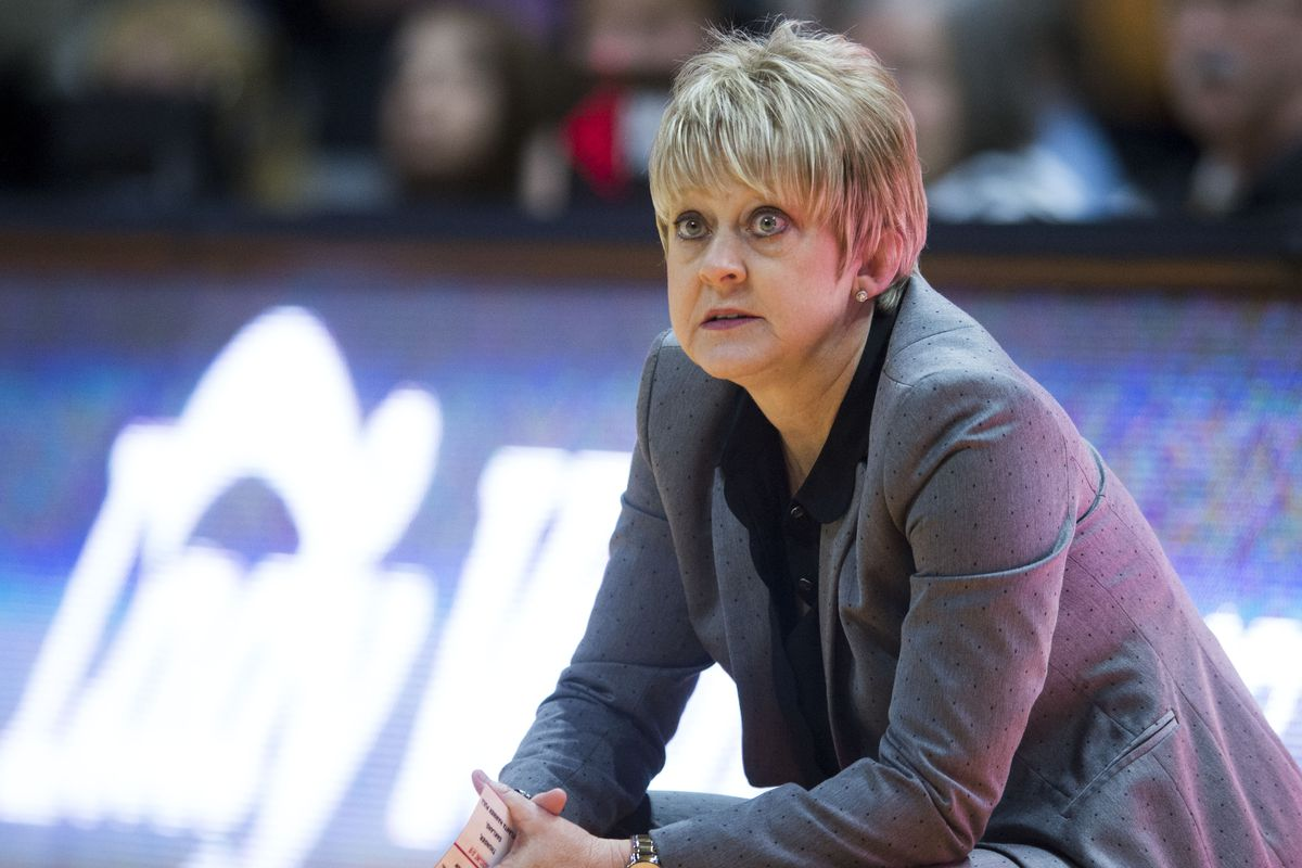 NCAA Womens Basketball: Alabama at Tennessee