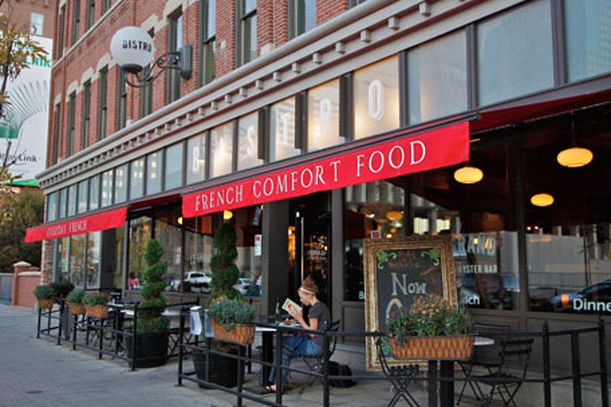 Le Grand Bistro & Oyster Bar