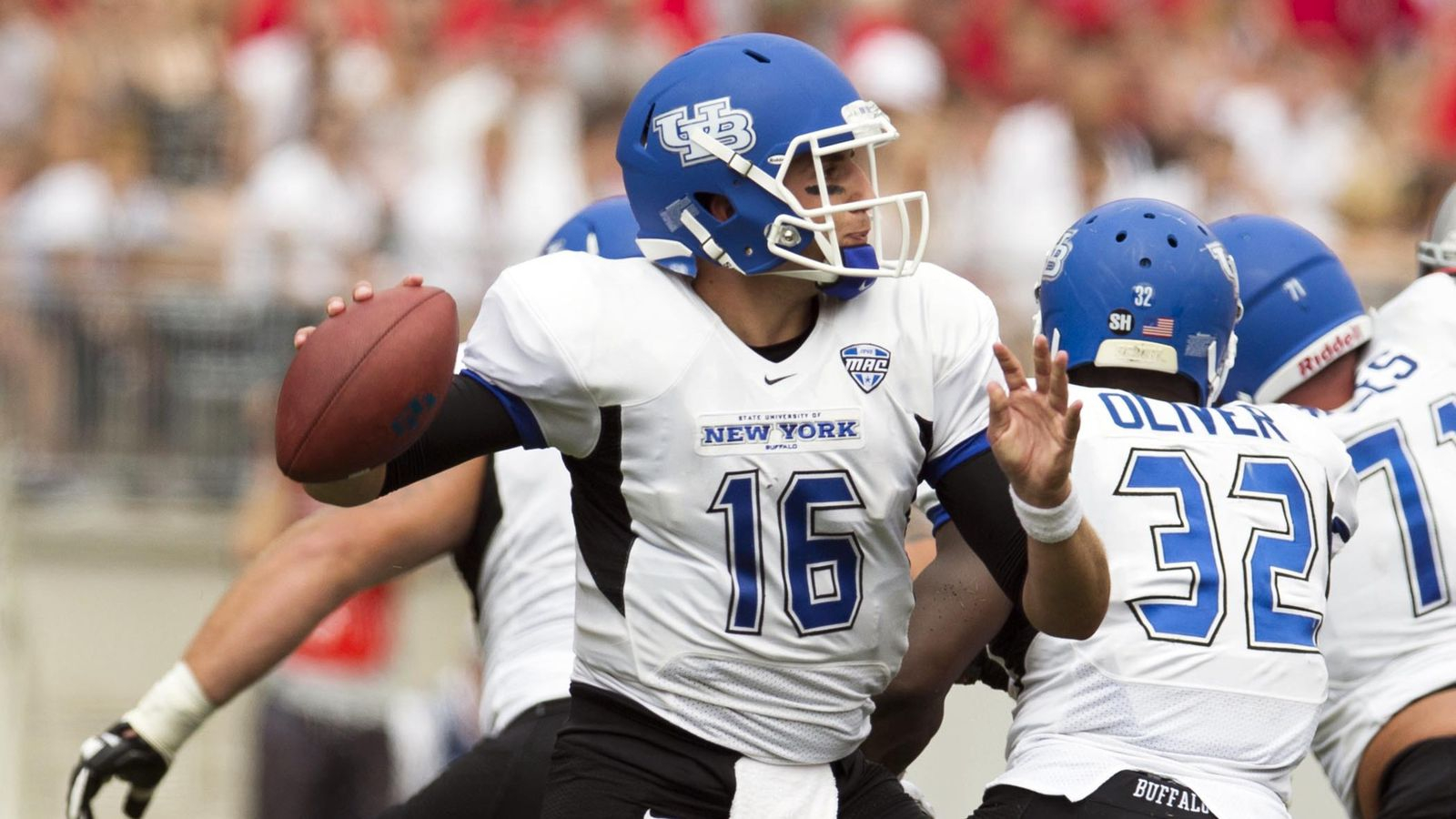UB Football on Twitter: Bulls Crunch Chips to Move to 5-1