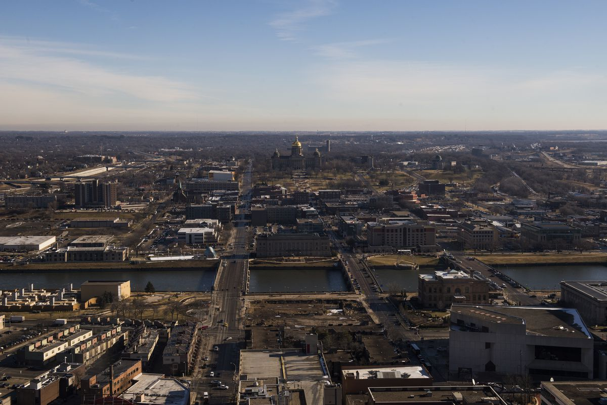 A view of the Iowa State Capitol building from the 33rd floor of the Raun Cente in downtown Des Moines, Iowa.