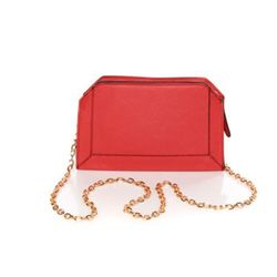 """<a href=""""http://www.lulus.com/products/strut-cture-your-stuff-red-clutch/52921.html""""> Lulu's red clutch</a>, $36 lulus.com"""