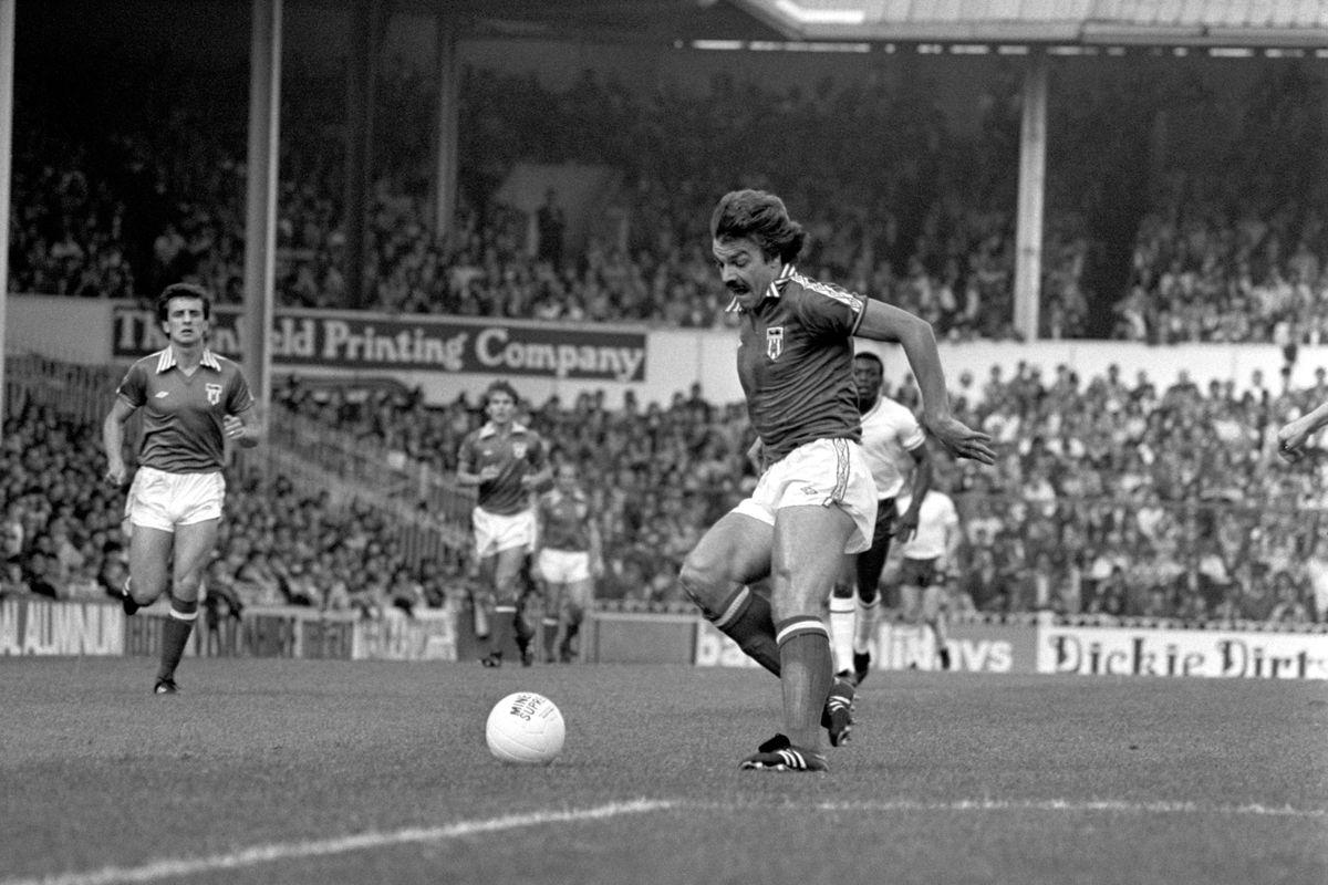 Soccer - Football League Division One - Tottenham Hotspur v Sunderland