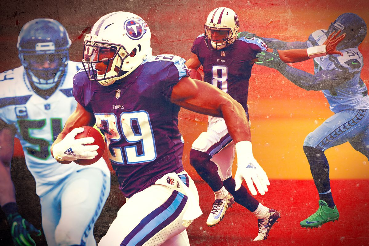 DeMarco Murray runs the ball for the Tennessee Titans