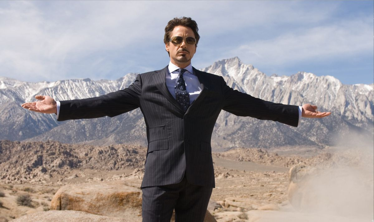 Robert Downey Jr. spreading his arms.