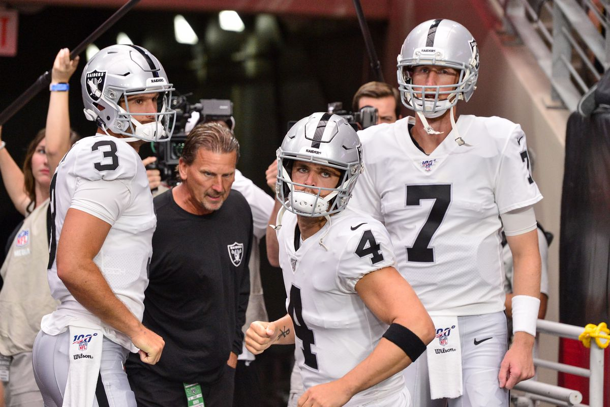 purchase cheap 69349 fe3b9 Raiders reportedly expected to keep both backup quarterbacks ...