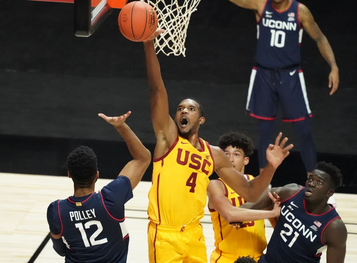 NCAA Basketball: Roman Legends Classic Championship-Connecticut vs USC