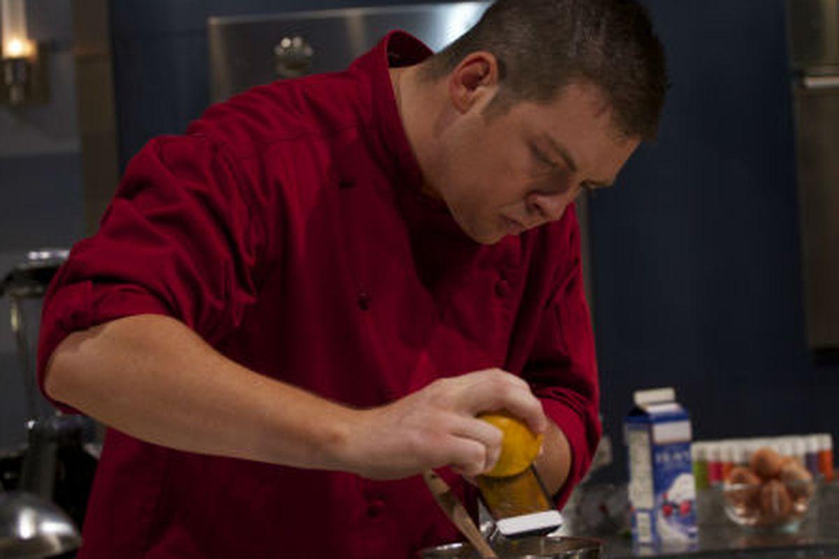 Joe Baker zesting a lemon like a boss on Sweet Genius.