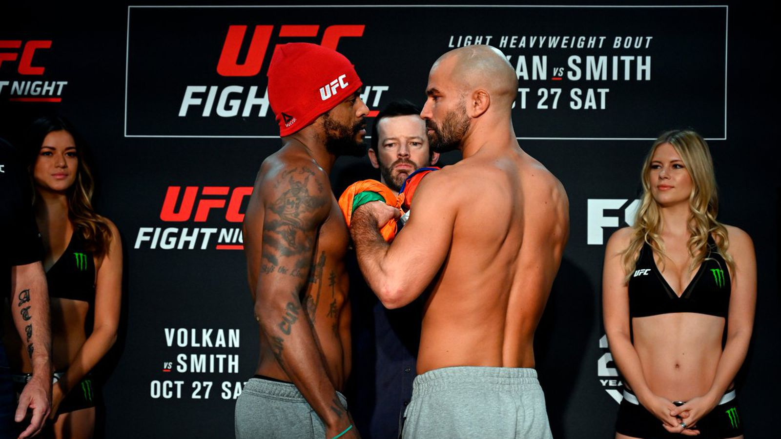 Preview! Johnson Looks To Nail 'Russian Hammer'