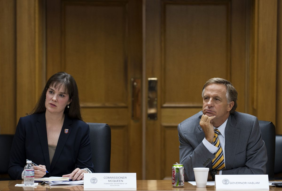 McQueen and Gov. Bill Haslam listen during a meeting of the governor's Teachers Cabinet.