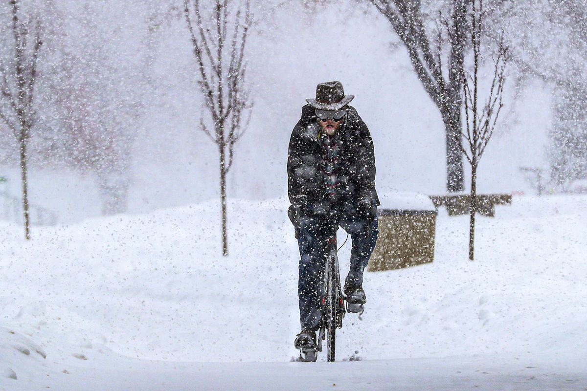 Snow Ice And Wind To Mix For Slick Tuesday Commute Deseret News