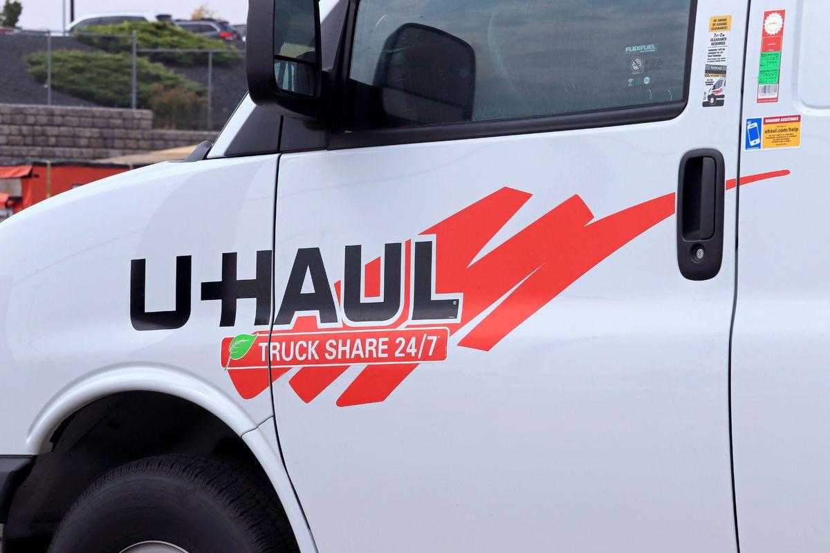 U-Haul company logo