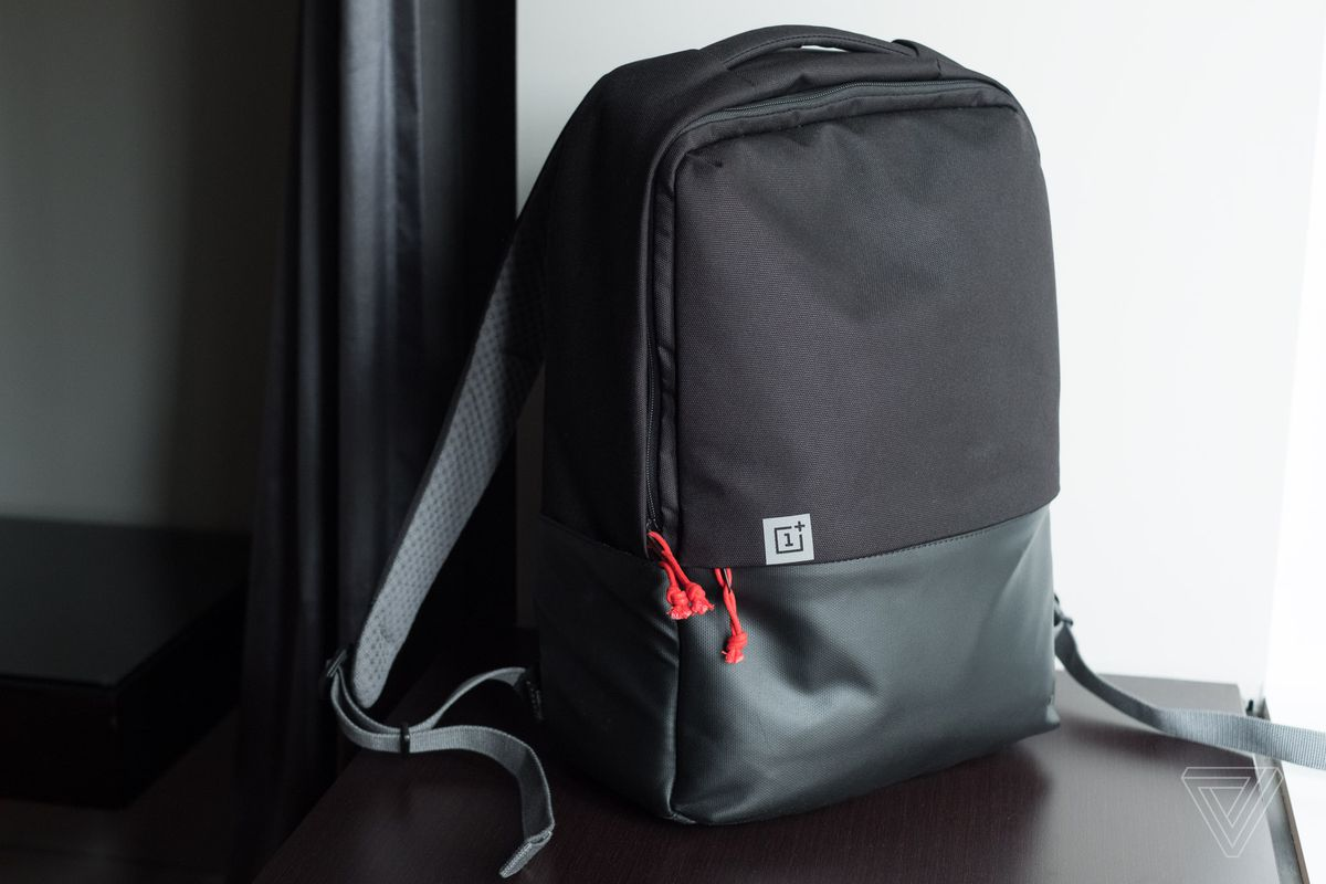 15ef502da8 The best OnePlus product this year is the Travel Backpack - The Verge