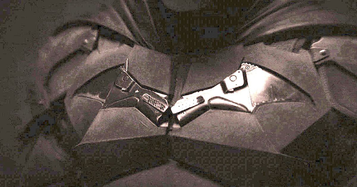 Batman's new costume might be made of guns because of Kevin Smith