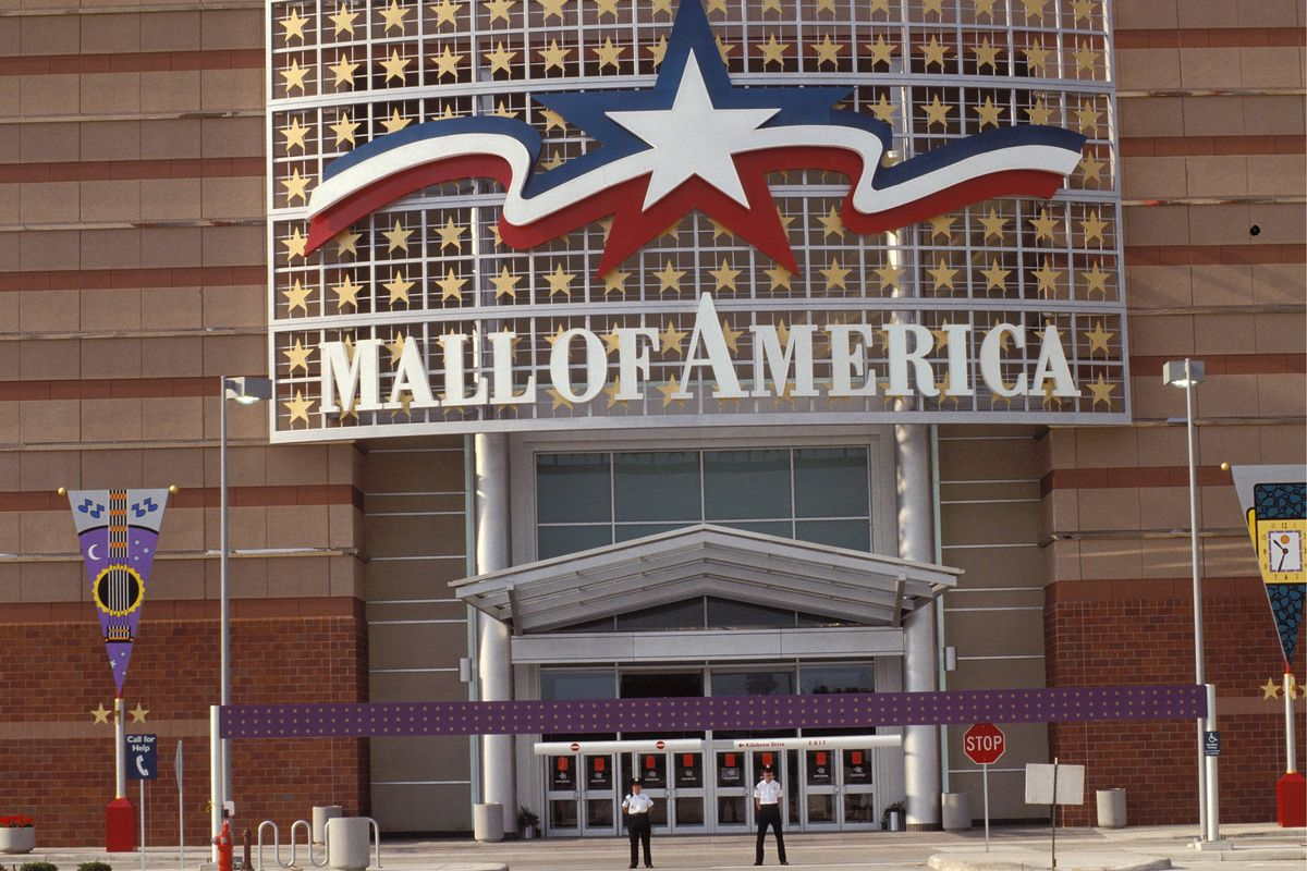Mall Of America In Minneapolis, United States In August, 1992.