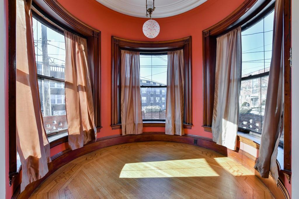 A bay window with three windows.