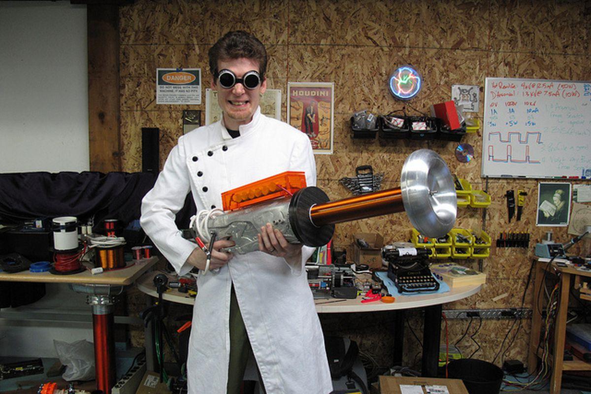Diy Tesla Gun Is Real And Very Dangerous The Verge