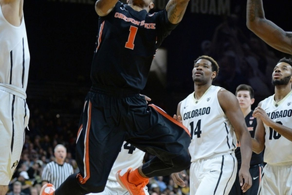 Colorado had Gary Payton II surrounded but still couldn't stop him. The did thwart all the other Oregon State players though.
