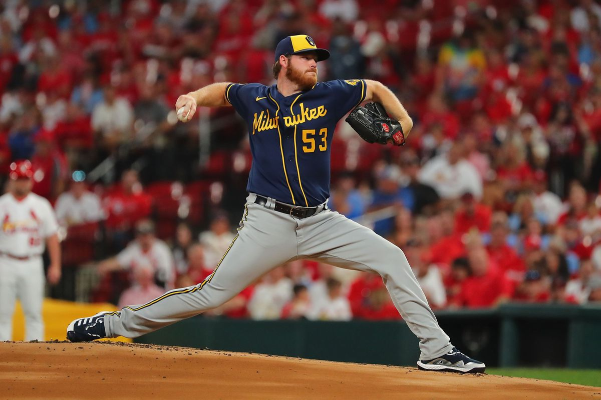 Brandon Woodruff #53 of the Milwaukee Brewers delivers a pitch against the St. Louis Cardinals in the first inning at Busch Stadium on September 28, 2021 in St Louis, Missouri.