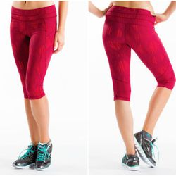 """<b>Laura Gurfein, Racked NY Associate Editor</b>: """"I'm not a big fan of wearing shorts for running, and the thought of heavy Spandex and humidity is enough to deter me from an summer outdoor jog. Enter the <b>Lolë</b> <a href=""""http://www.lolewomen.com/lsw"""