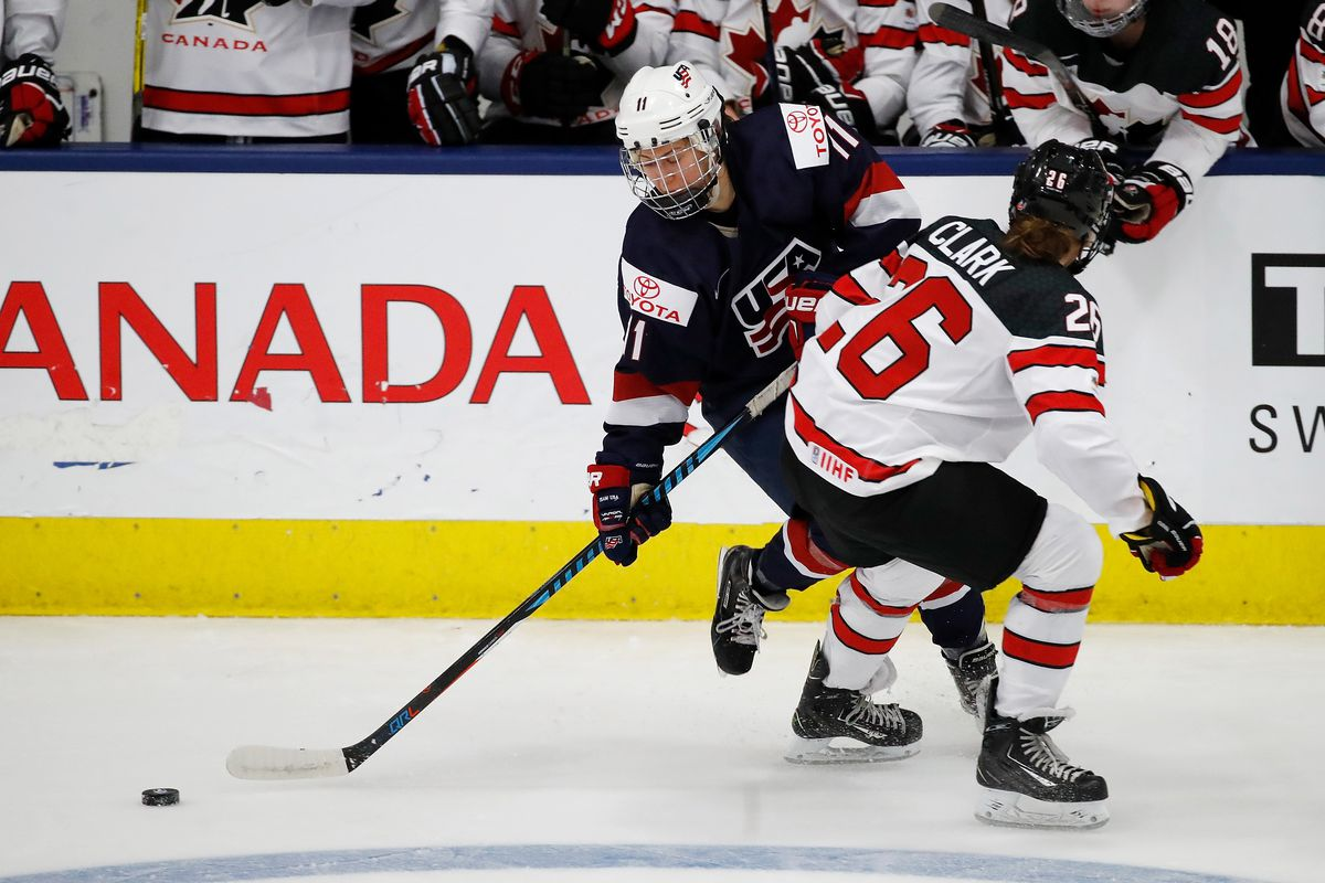 Haley Skarupa  16 Photo by Gregory Shamus Getty Images 41ed97353