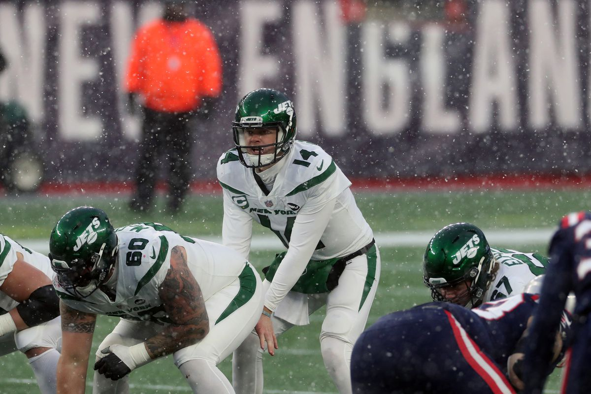 Sam Darnold #14 of the New York Jets calls a play against the New England Patriots at Gillette Stadium on January 3, 2021 in Foxborough, Massachusetts.