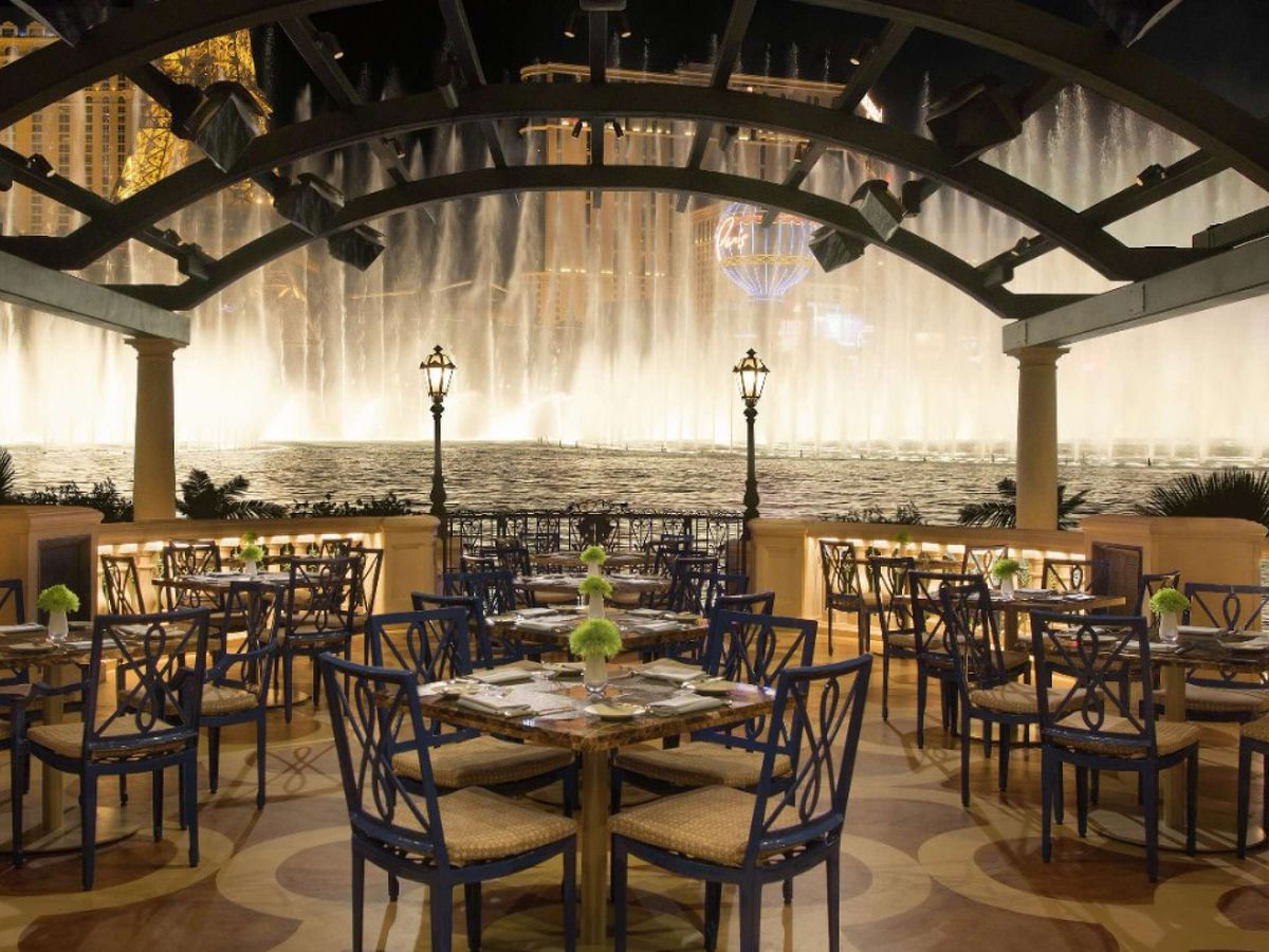 Prime Steakhouse patio