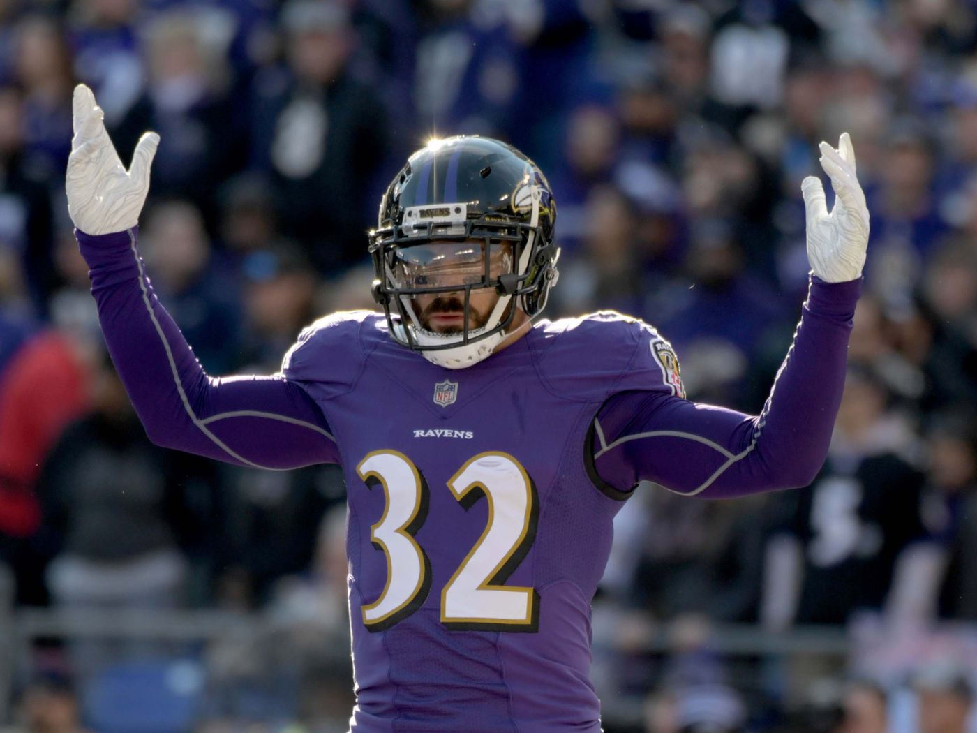 """Former San Diego safety Eric Weddle """"would retire as a Raven"""" over ..."""