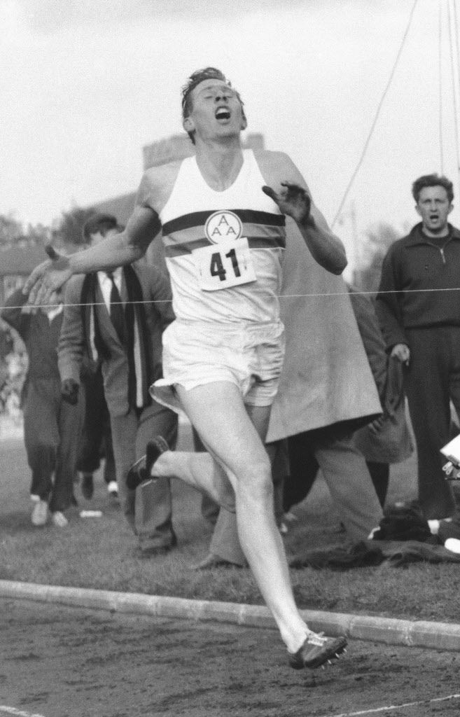 Roger Bannister, first to run sub 4-minute mile, dies at ...