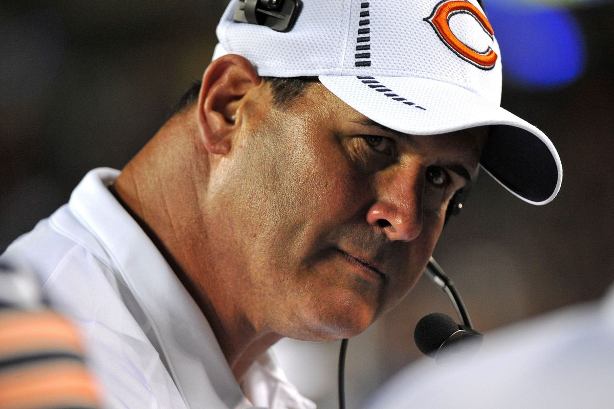 Who should Mike Tice pick to protect Jay Cutler's blind side?