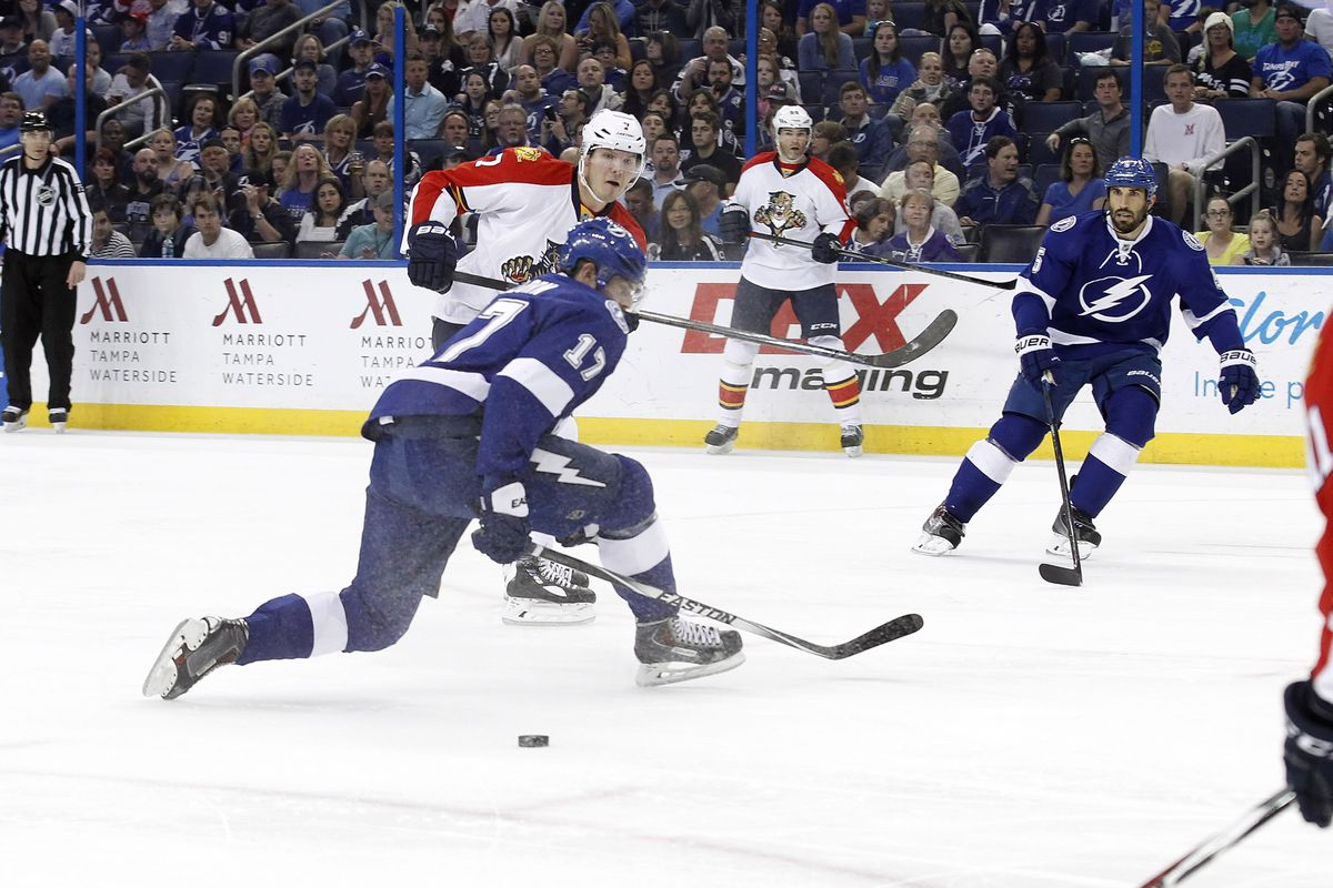 Tampa Bay's Alex Killorn defends against Florida's Dmitry Kulikov during the Lightning's 4-3 win in Tampa Tuesday night.